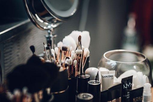 drogerie internetowe z kosmetykami do makijażu